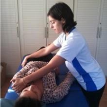 posición acostado boca arriba (decúbito dorsal) al acostado de costado (decúbito lateral)